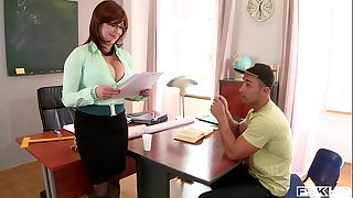 Hardcore fuck leads to spurt of cum all over tutor Sandra Boobies' big hooters