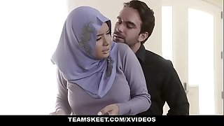 TeensLoveAnal - Analyzing Woman in Hijab